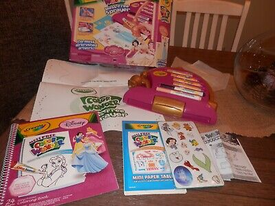 Crayola color wonder mess free Disney Princesses