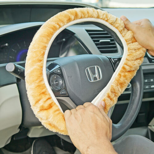 "Fuzzy Steering Wheel Cover Elastic Stretch Plush Tan Universal Fit 14/"" 16/"" NEW"