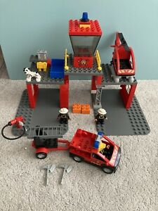 Lego Duplo Fire Station 5601 - incomplete