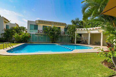 Casa en Venta en Green Canal a pasos de playa! Nuevo Vallarta 270,000 usd