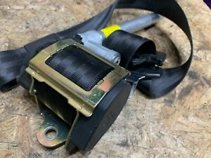 AUDI-80-B3-CABRIOLET-FRONT-RIGHT-DRIVER-SIDE-SEAT-BELT-8G0857706AB