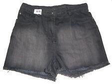 NEU Yigga tolle kurze Jeans Hose / Shorts Gr. 146 schwarz !!