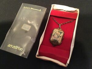 Silverplate-Hummel-necklace-1982-ars-Stormy-Weather-in-box