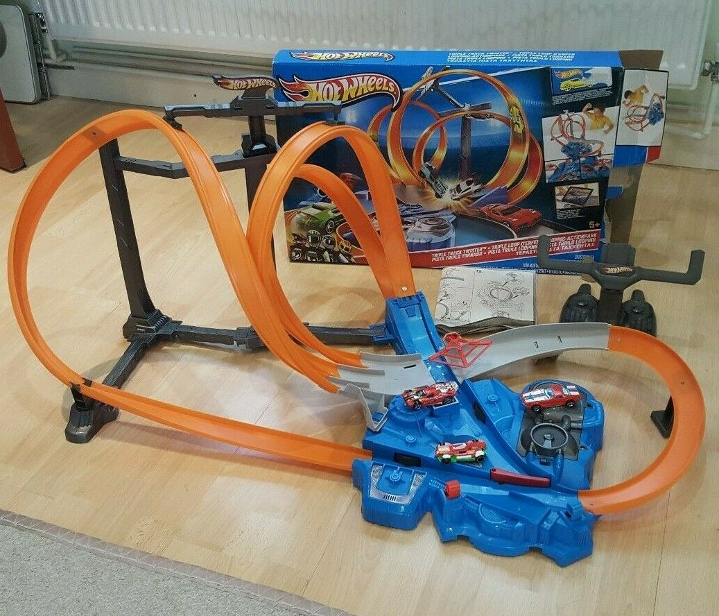 heiß Wheels Triple Track Twister Track Set Playset With 3 Autos voiture Shooter Spielzeug