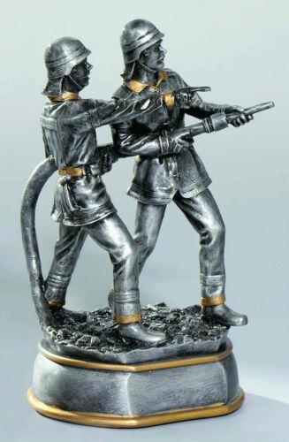 1 Figurine pompiers pompier 20 cm (Coupe trophées Resin hussy anniversaire)