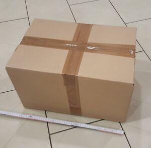 Kiste-mit-Schreibwaren-von-Geschaeftsaufloesung