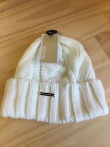 Image is loading Michael-Kors-Knitted-Cream-Cable-Knit-Cuffed-Beanie- 20c4f658195