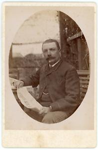 Monsieur-et-son-journal-Vintage-silver-print-Tirage-argentique-11x16-C