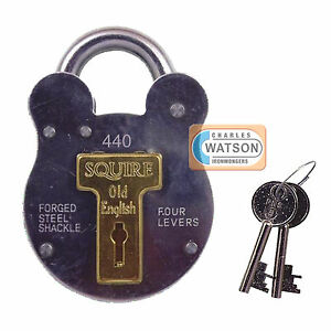 Squire-440-Old-English-Steel-All-Weather-Padlock-Gate-Garage-Shed-Security-Style