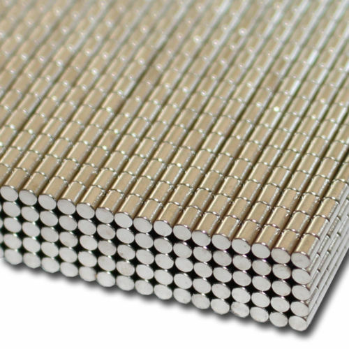 Neodym Scheibenmagnet D 2x3 mm N35 kleine Scheiben Magnete
