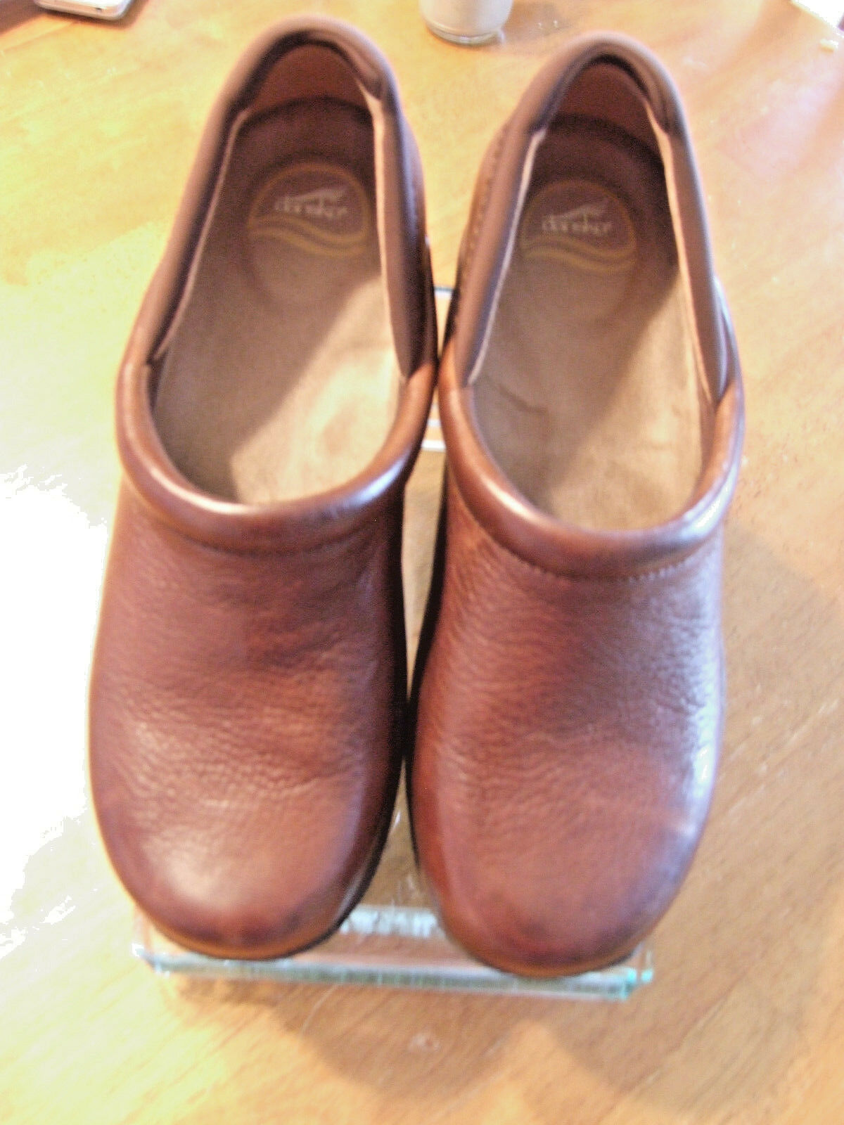 Unisex Dansko Kelsey Milled Leather Chocolate Chocolate Chocolate Slip-on shoes Size EU 41 c1e563