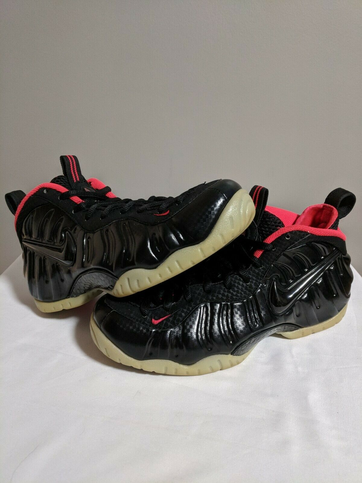 ac43c05042 Nike Air Pro Premium Sz 8.5 Mens solar glow pink black green Yeezy  Foamposite nrkqhl1930-Athletic Shoes