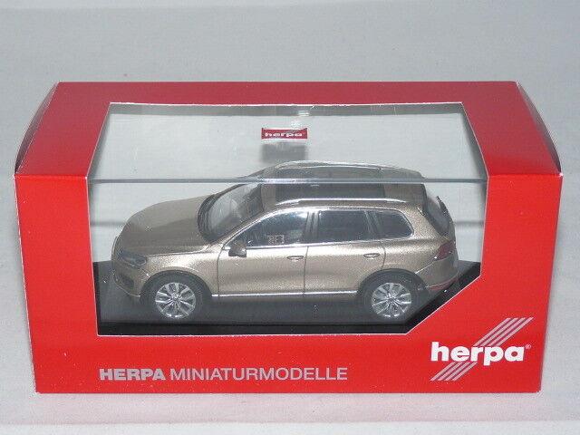 Herpa 070959 VW Touareg-sable or Metallic 1 43 Neuf  neuf dans sa boîte