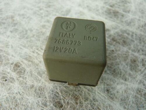 Alfa Romeo 164 2,0 Turbo relais taxe relais 7686773
