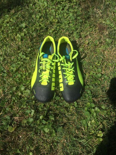 PUMA evoSPEED Indoor Soccer Shoes Black