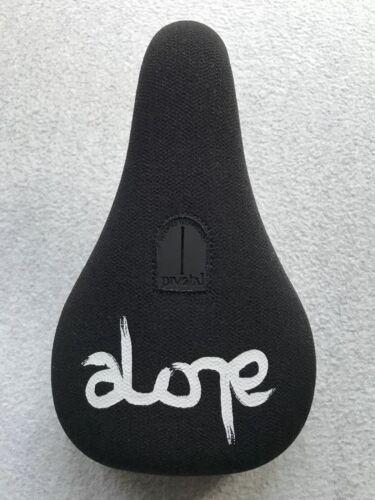 New Alone Cushty Fat Pivotal BMX Seat Black /& White Saddle Federal Primo Cult