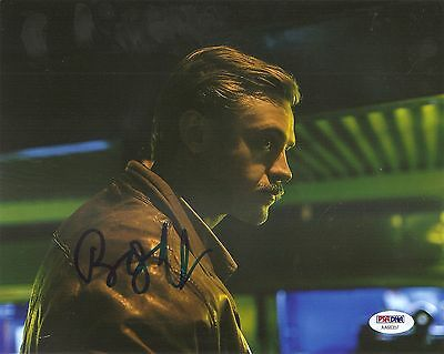 Honey Boyd Holbrook Narcos Signed Auto 8x10 Photo Psa/dna Coa Entertainment Memorabilia Autographs-original