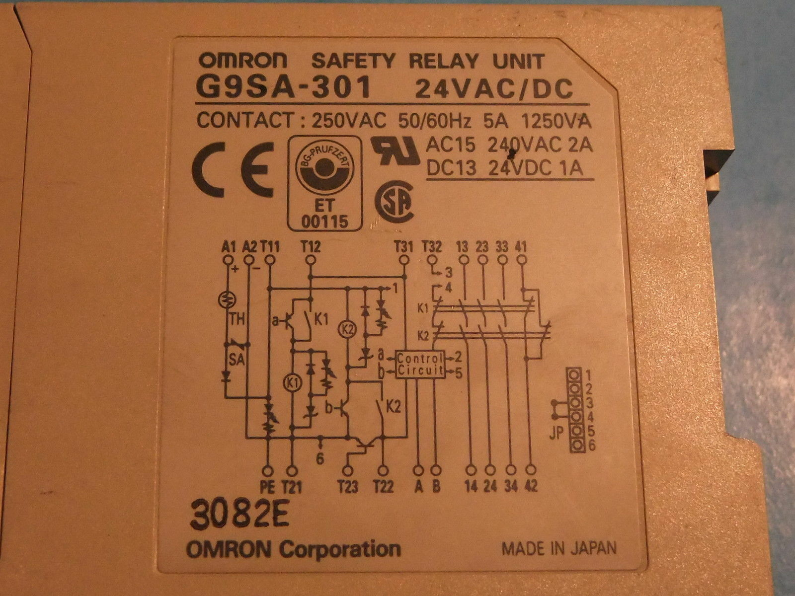 Omron G9sa-301 24vac/dc Safety Relay Unit #fy03 on