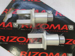 Rizoma-PE690A-Footpeg-Mounting-Adapters-for-Suzuki-GSXR-and-Bandit-one-pair
