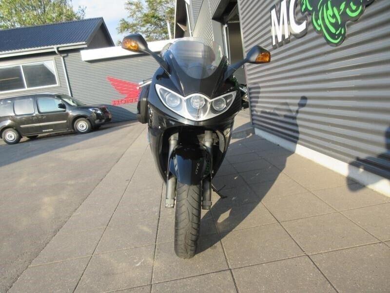 Triumph, Sprint ST 1050, ccm 1050
