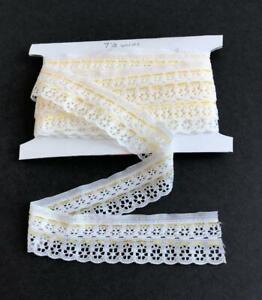 Vintage-Eyelet-Lace-Trim-1-1-4-034-wide-White-Yellow-Stripes-7-1-2-yards-Lot-116a