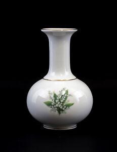 9988331-Porcelain-Vase-Lily-of-the-Valley-Kammer