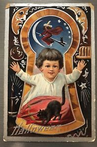HALLOWEEN-POSTCARD-NASH-SERIES-3-KEYHOLE-BOY-WITCH-BLACK-CAT-AS-IS