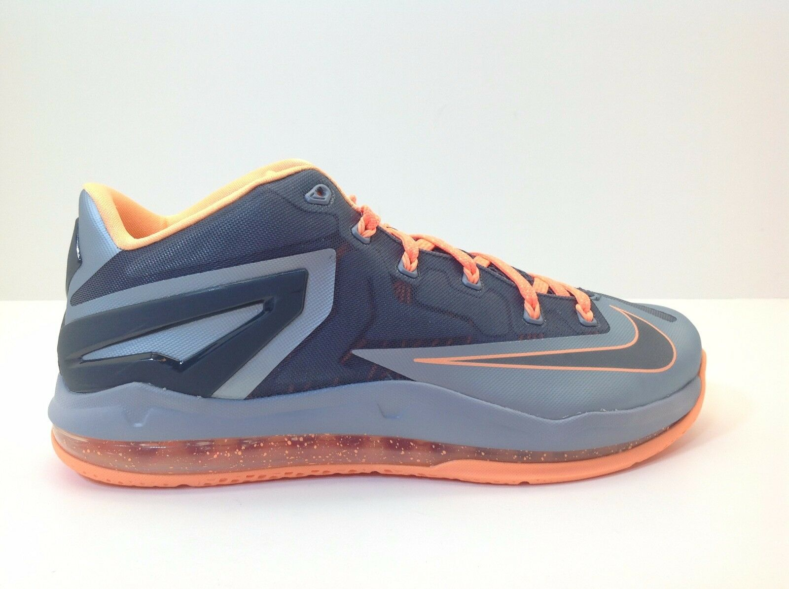 Nike Max Lebron XI Low Men's Size 10.5 and 11 Grey New in Box 642849 002