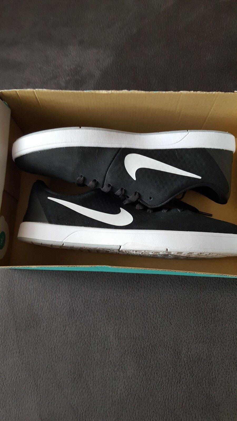 Nike Takedo SB , Gr. 42,5 - NEU - Skaterschuhe Sneaker