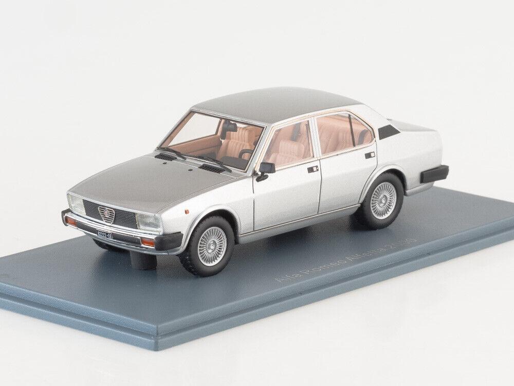 1 43 Alfa Romeo Alfetta 2000 Plata NEO45550 Neo Scale Models
