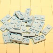 C01 City LEGO® 10 x 3021 Platte 2 x 3 grün 302128