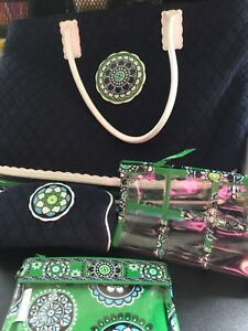 VERA-BRADLEY-TERRY-TOTE-GREEN-CUPCAKES-NAVY-W-THREE-ACCESSORIES-PERFECT