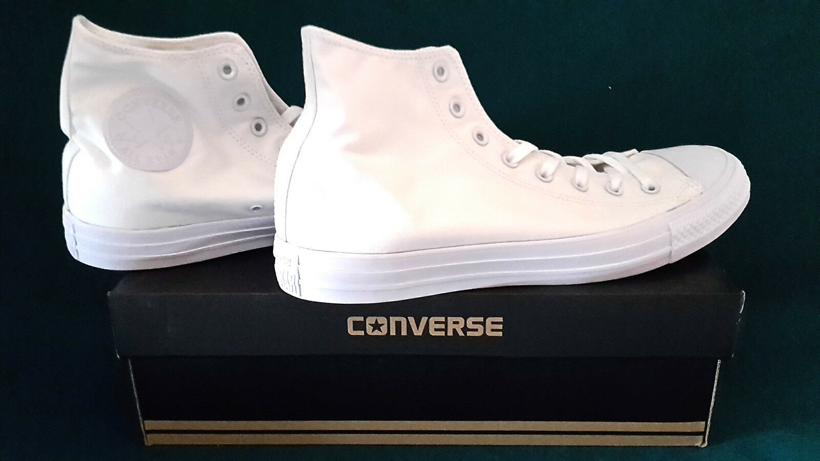 Converse Chuck Taylor All Star Hi Tops White Monoch Gr.46