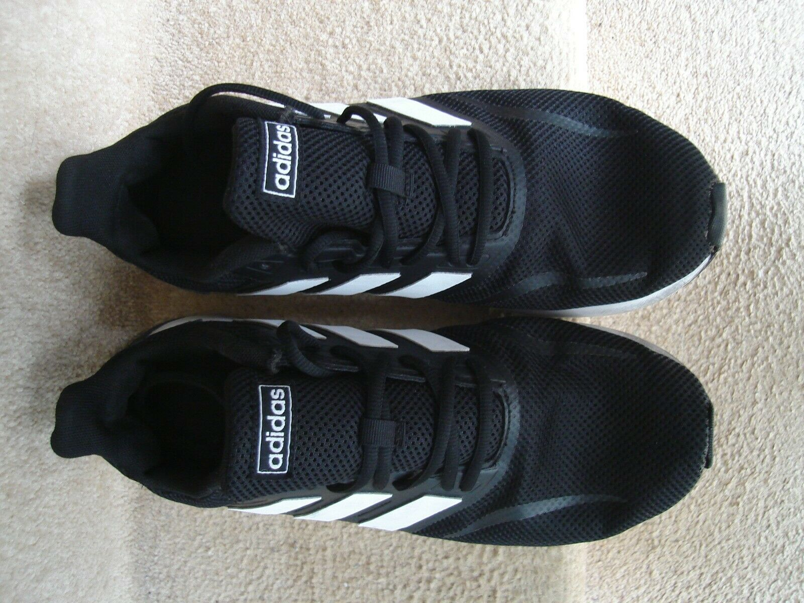 mens adidas galaxy 5 runners size 9.5 #124841111 black and white