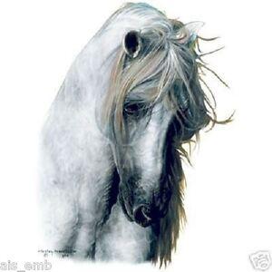 Gray-Horse-HEAT-PRESS-TRANSFER-for-T-Shirt-Sweatshirt-Tote-Bag-Quilt-Fabric-240a
