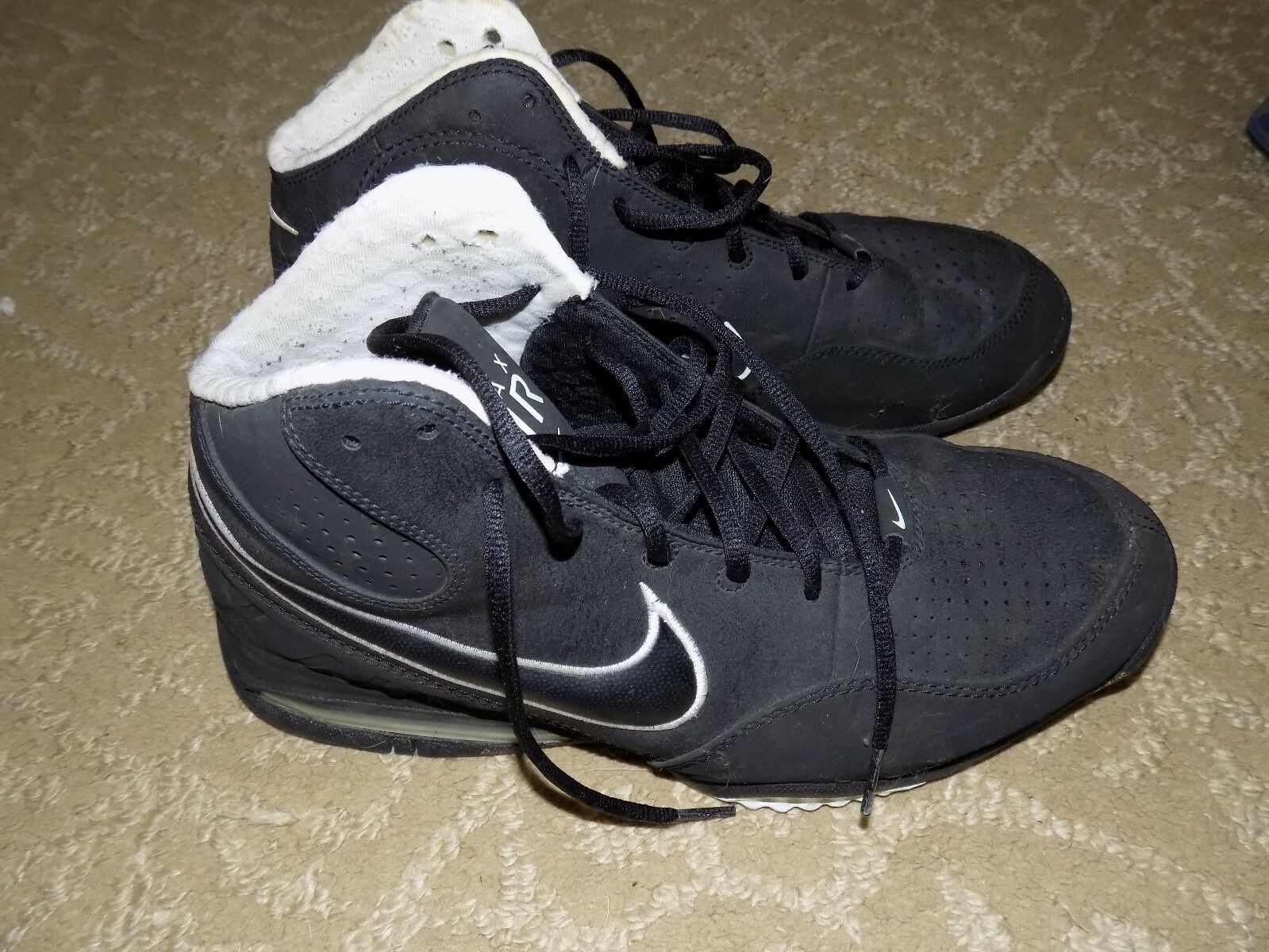Nike MAX Air Black 345000-004Size 11.5 Men's EUC FREE USA SHIPPING