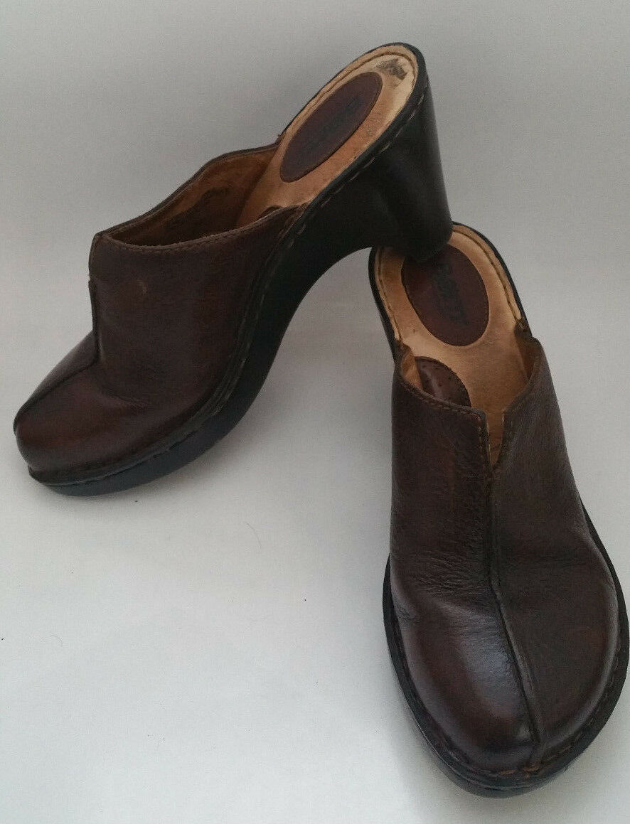 BORN BOC Womens 8   39 Brown Leather Heels Clogs Slip On Mules shoes W8173 CUTE