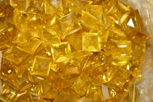 #429   10MM SQUARE GLASS TOPAZ FACETED BACK STONES 12PC