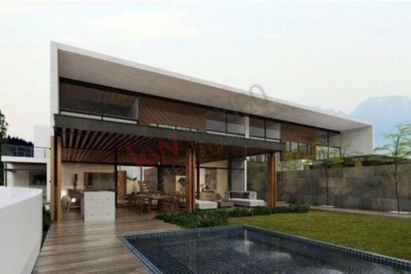 Casa en venta con vista y acceso al lago en exclusiva zona residencial