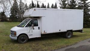 '98 Chev Cube Van