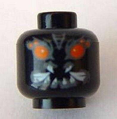 Red Eyes /& Black Fur Pattern Brown Minifig Head Alien with Fangs LEGO