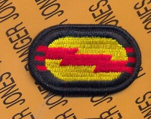 US Army 2nd Bn 503rd Airborne Infantry Regiment para oval patch m//e B