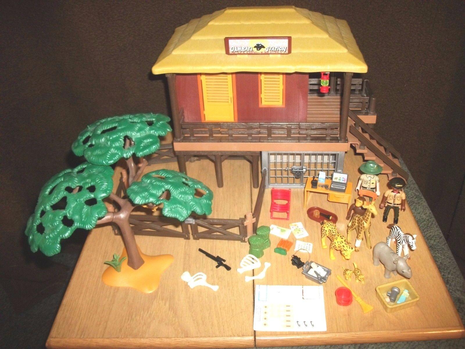 Playmobil - Wildtier Pflegestation mit Zubehör