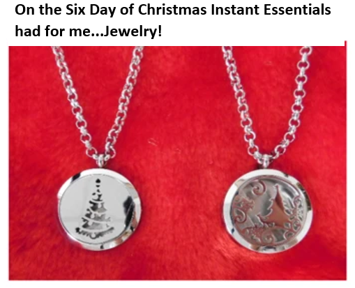 The Twelve Days of Christmas - Day 6 - Free Gift