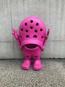 Croslite-Guy-Pink-Crocs-For-Store-Display-Very-Rare