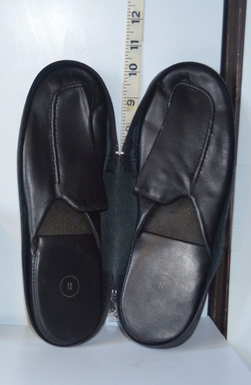 Ladies or On Men's Casual Black Slip On or Style Shoes /slippers w/Low Heels Size 8 626b84