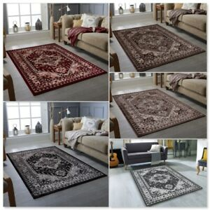 Clic Traditional Rugs Black Brown