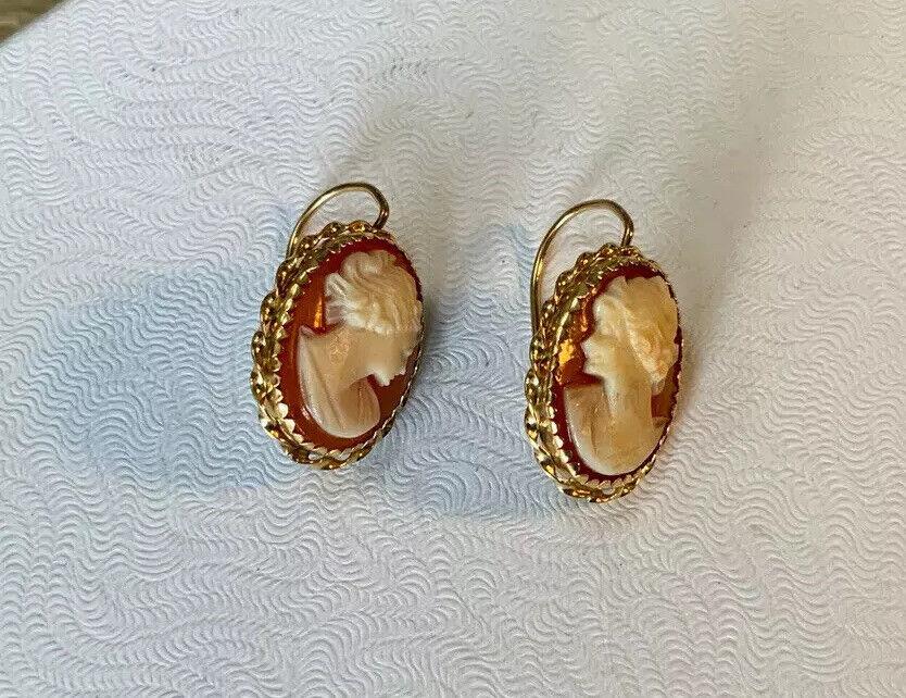 Vintage 14K Shell Cameo Pierced Earrings