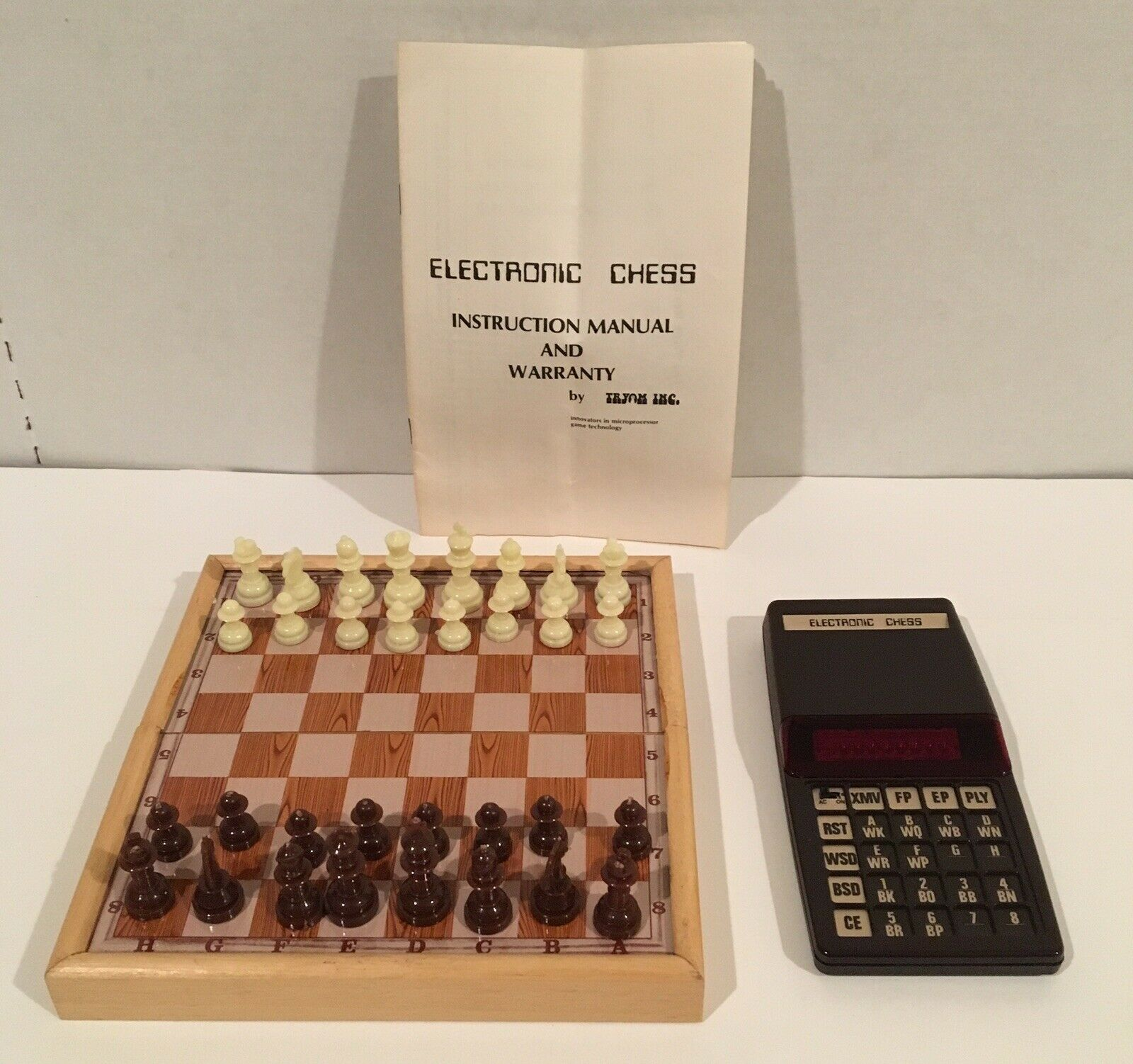 Tryom Electronic Chess Set Game Vintage