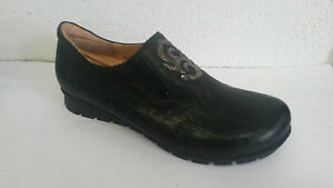 Think! Schuh Modell Menscha in schwarz kombi mit 2 x Gummizug